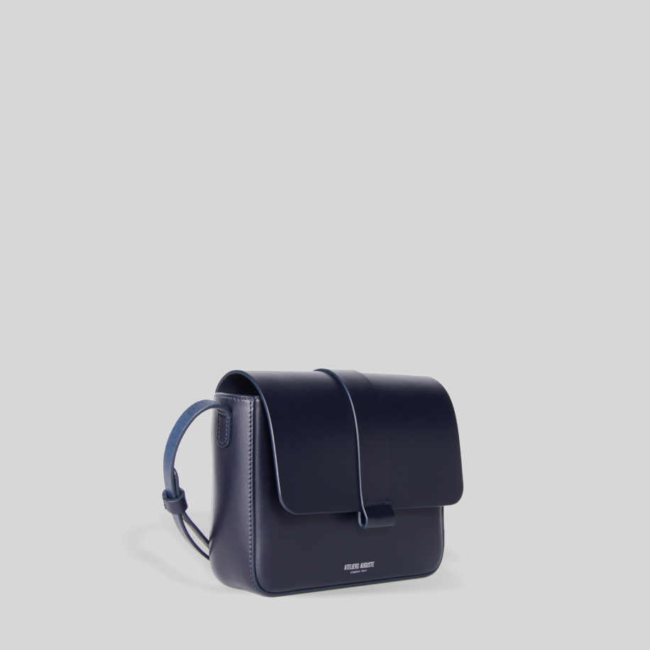 minimalist small crossbody bag