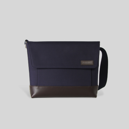 Valmy Messenger Bag