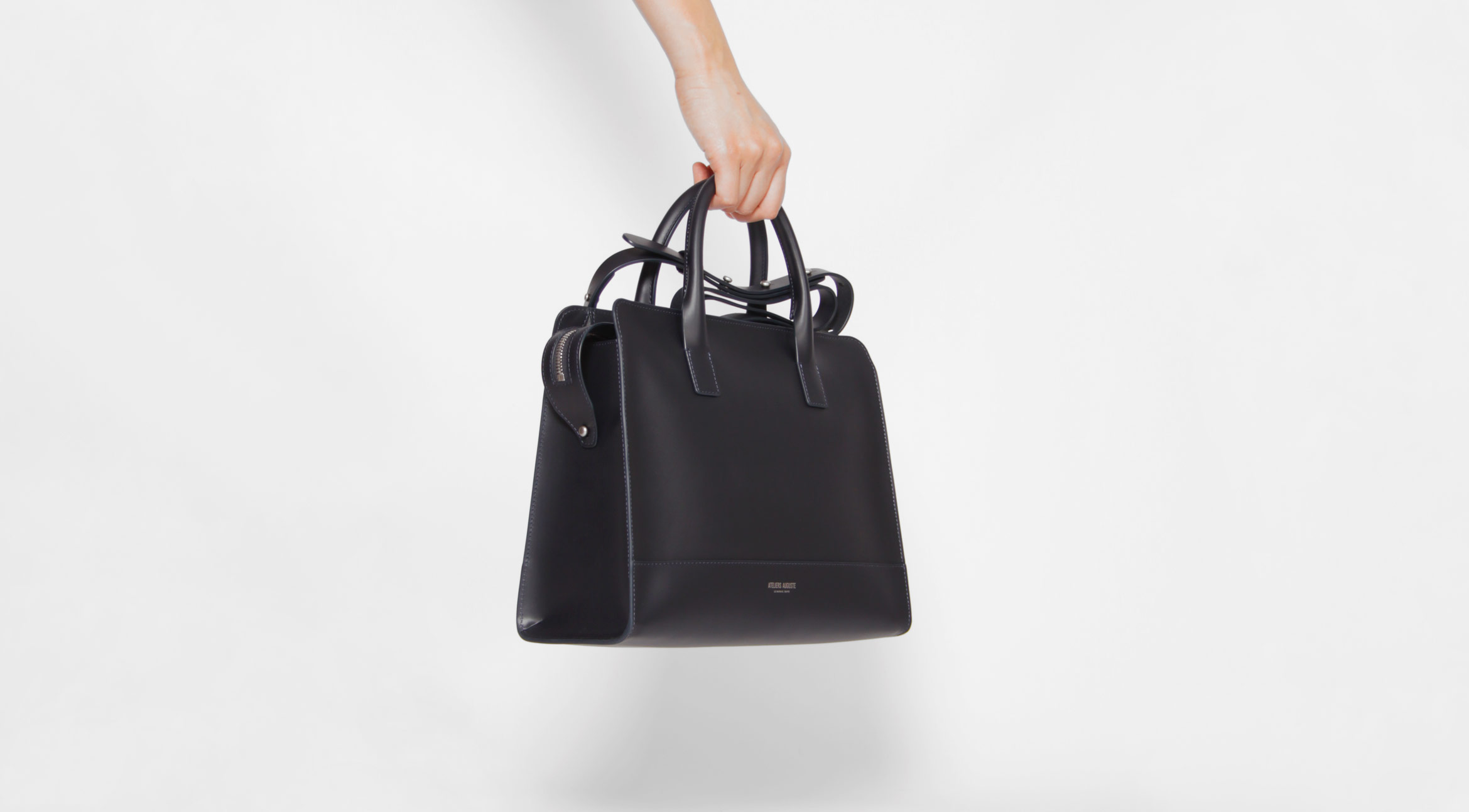 women-bag-minimalist